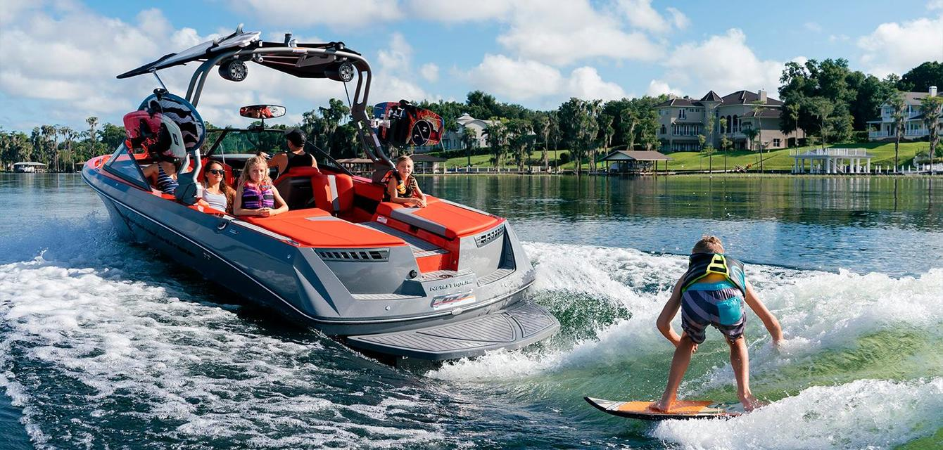 Вейксерф волна за Nautique Super Air 230